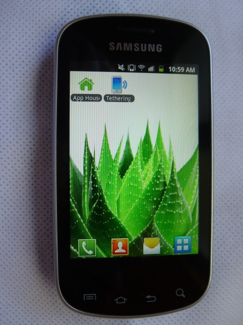samsung galaxy ace q smartphone for keyboarders. Black Bedroom Furniture Sets. Home Design Ideas
